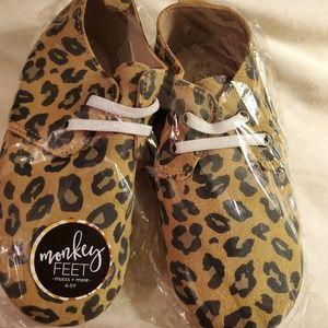 Monkey feet oxfords